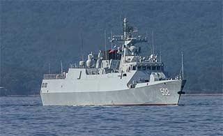 俄罗斯人镜头中黄石舰霸气侧漏