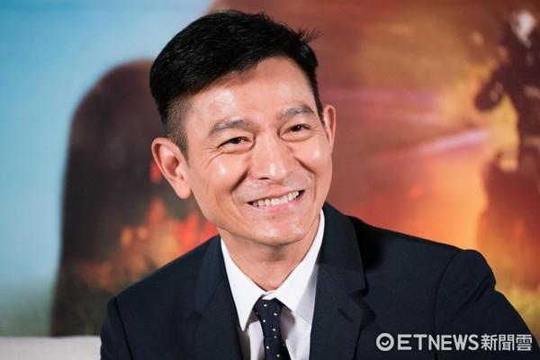 台名嘴曝刘德华瞒婚隐情 竟与黑道威胁有关?