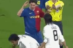 推裁判?梅西也曾干过这事 却没挨罚