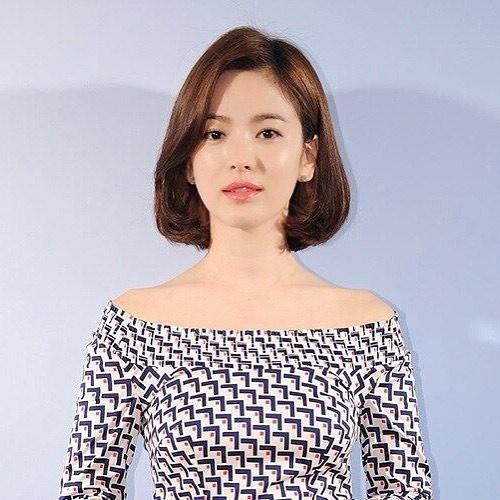 宋慧乔短发美上热搜榜 知性温柔美迷倒网友