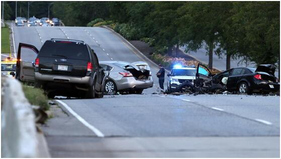 调查:伊利诺伊州因交通事故死亡人数持续攀升
