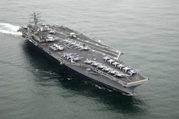 美海军发言人:一架伊朗无人机逼近美航母至300米距离