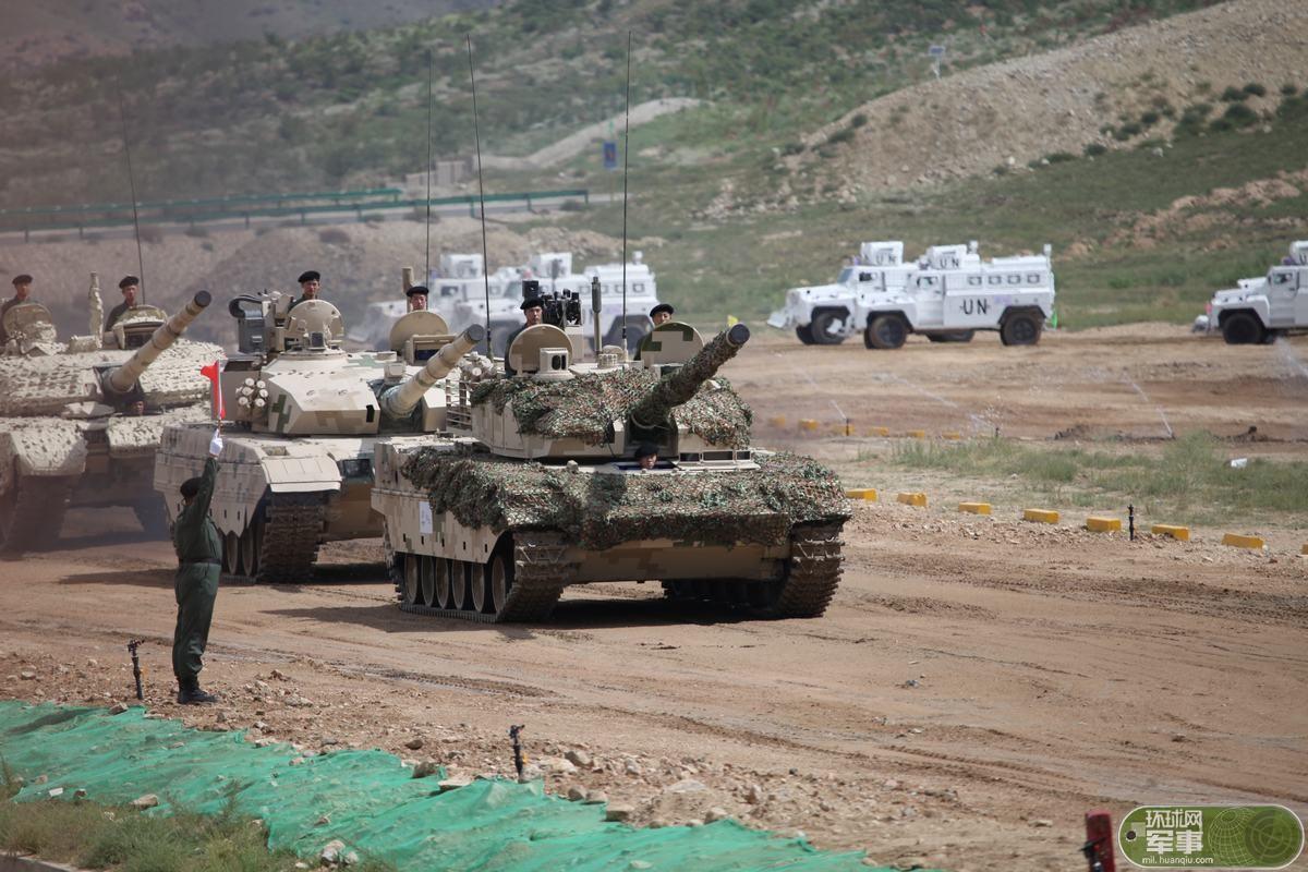 八发八中!中国明星装甲产品实弹射击展示大国实力