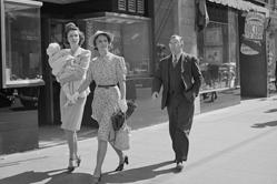 罕见旧照展现二战间好莱坞神秘历史