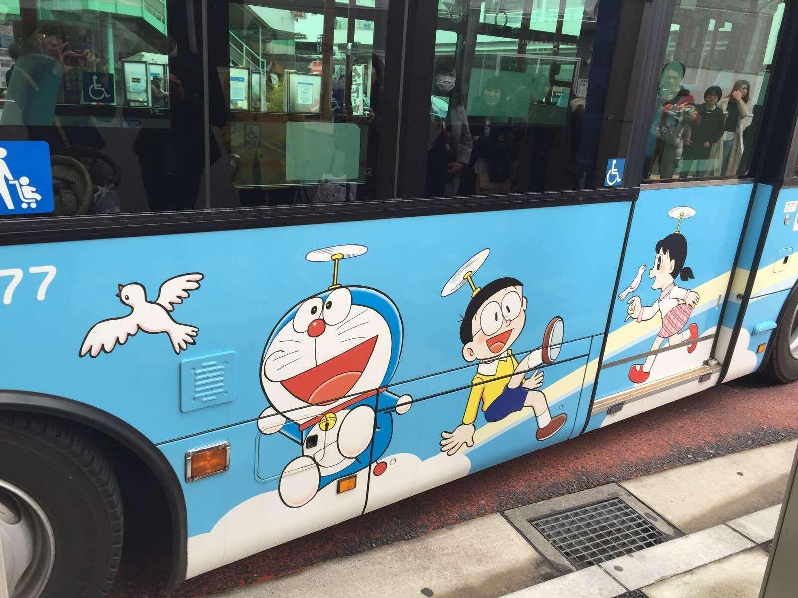 """日本高冈市将把万叶线一车站打造为""""哆啦A梦车站""""(图)"""