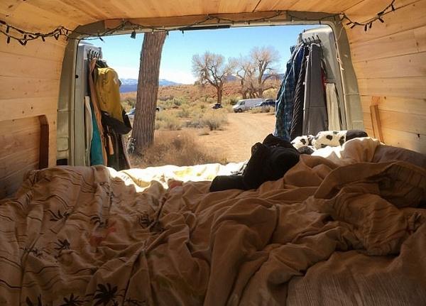 拒当房奴 美国女子改造房车环游北美洲