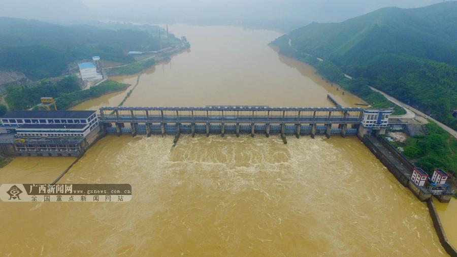 航拍:融江浮石水电站