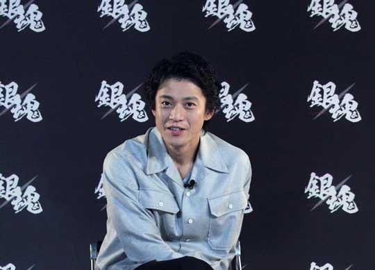 """真人版《银魂》曝采访特辑 小栗旬""""被逼""""演银时"""