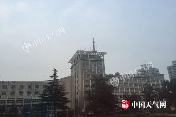 今明北京多阵雨天气 最高气温降至28℃