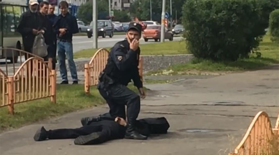 持刀袭击者在俄罗斯境内致伤8人 已被警方击毙