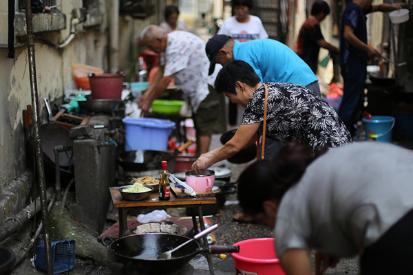 因病而迁:生活在城中村里的抗癌家庭