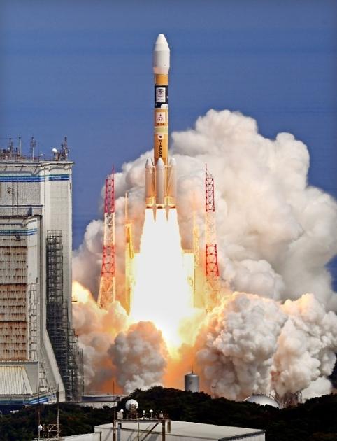 """日本成功发射一颗导航卫星 欲建""""日本版GPS"""""""