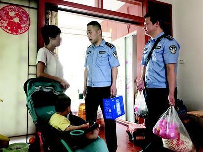 男子为给老婆偷裙子被抓 警察得知真相后上门捐款