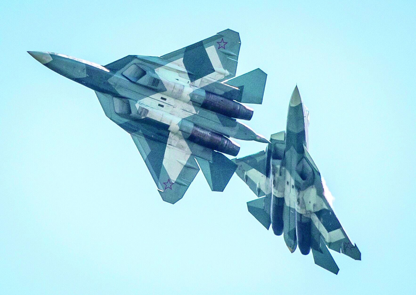 美媒称苏57与F22各有优势:苏57机动性或占优