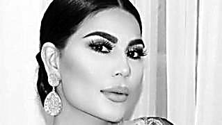 阿富汗女歌手秀性感引争议