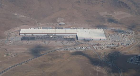 无人机镜头下的特斯拉超级工厂Gigafactory