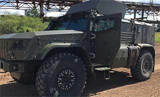 俄罗斯展示陆军装备 装甲车威猛