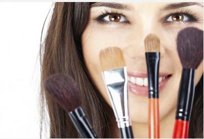 洗刷不误化妆功!化妆刷清洁技巧
