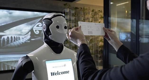 检票机器人!悉尼机场机器人可助旅客检票