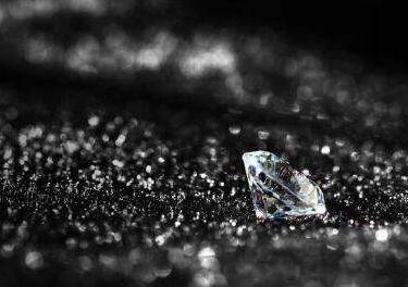 研究:海王星天王星上或存在数百万克拉钻石