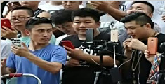河南郑州现尬舞直播一条街 劲歌热舞场面火爆