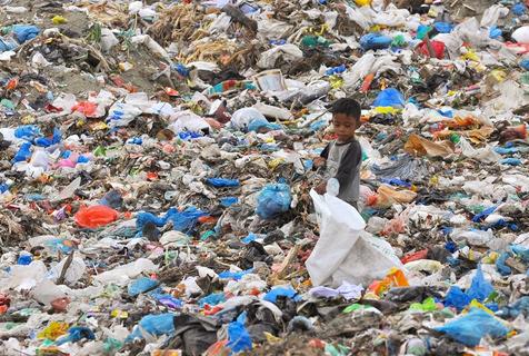 垃圾围城:世界污染困像触目惊心