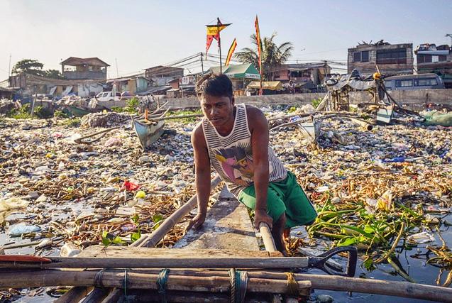 垃圾围城:世界污染景象触目惊心