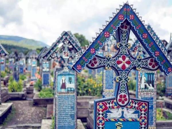 浓缩一生 这些美到窒息的墓地都可以游览!