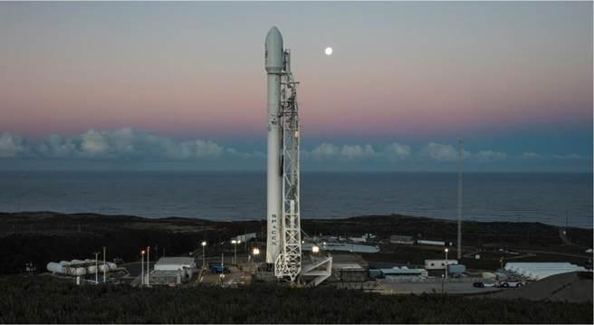 里程碑?台湾首枚自研卫星升空 发射仍受制于人