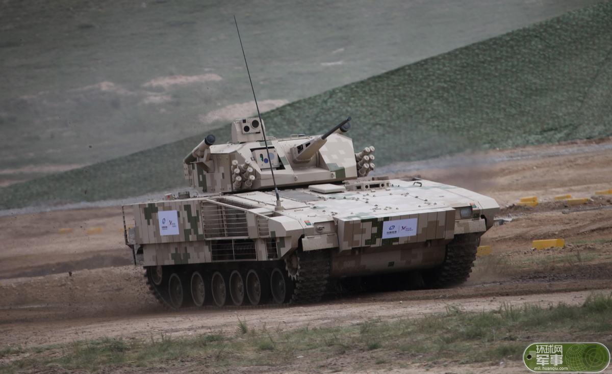 美媒关注中国新装甲装备亮相:媲美欧美一线装备