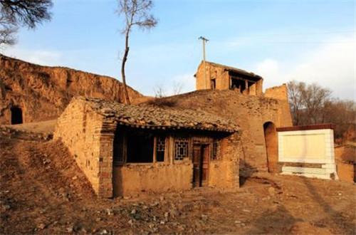 古村落保护要留住人、留住生活