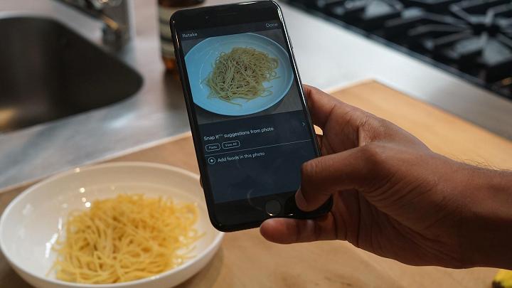 苹果iPhone8发售在即 图像识别APP改变生活