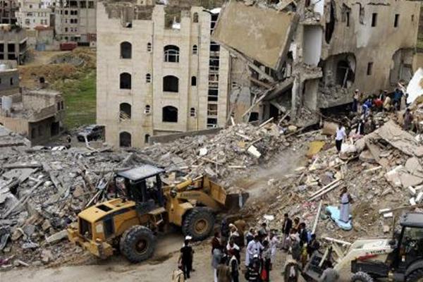 多国联军空袭也门首都致16人死亡