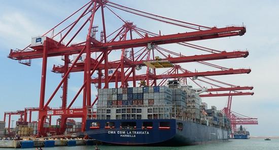 中国公司租斯里兰卡港口 斯司法部长不同意遭