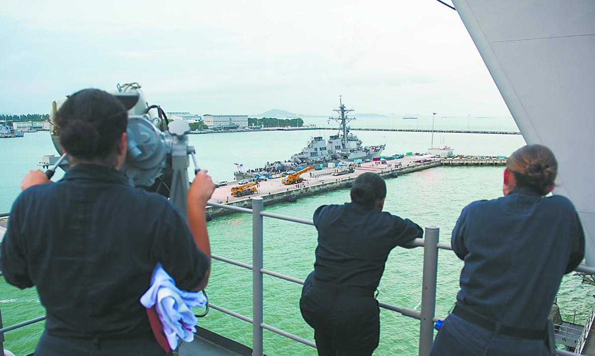美舰撞船事故竟扯上中国黑客 中国商船遭到怀疑