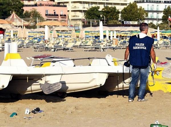 波兰女子意大利海滩遭4男子轮奸 男友被迫目睹全程