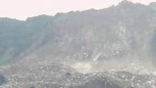 贵州毕节纳雍发生一起山体垮塌事故 有人员被困