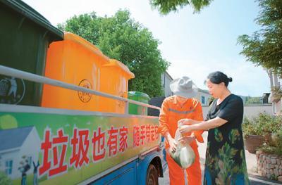 餐盒堆成山塑料回收难:外卖垃圾咋处理?