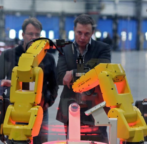 机器人发展冷思考:真能抢你饭碗?引发伦理观重塑?