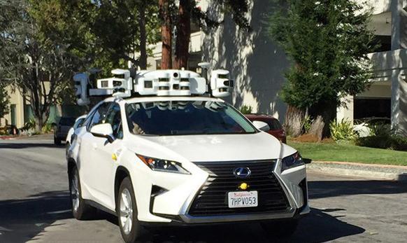 苹果新款自动驾驶测试车曝光:激光雷达设备升级