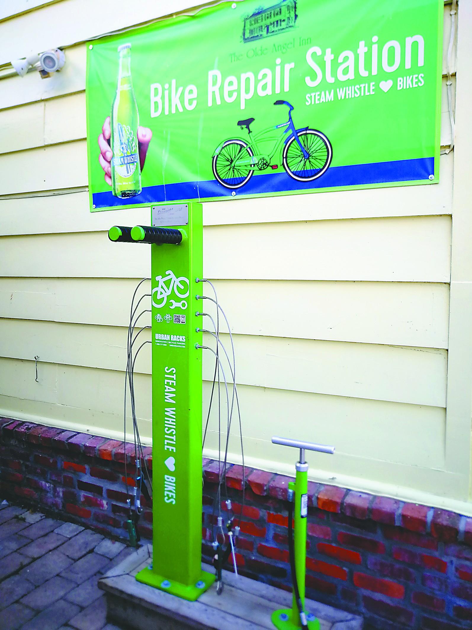 独特一景 小镇单车自助修理站
