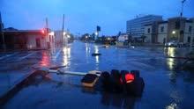 """飓风""""哈维""""重创美休斯敦至少7人身亡"""