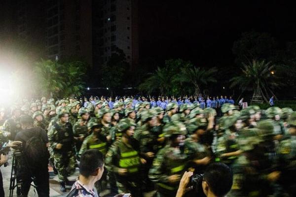 广西北海2000警力重拳打击传销