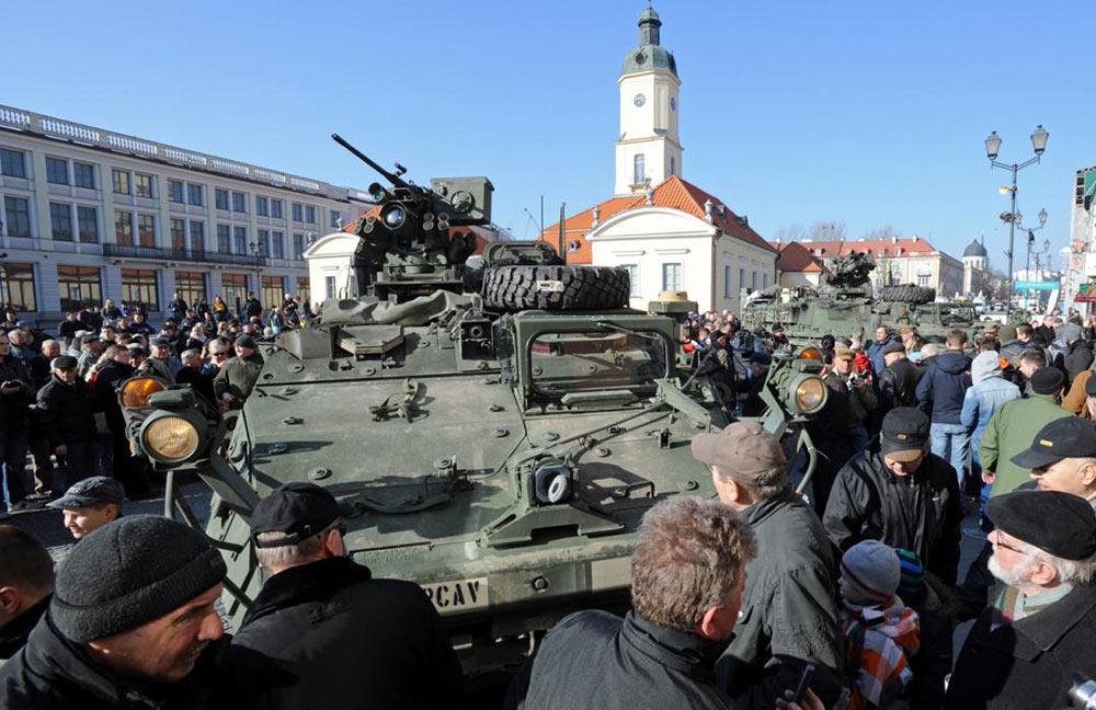 俄白两国将举行万人军演 美军增派F15进行监视