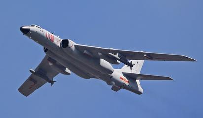 以快制胜!空军数架战机一次起飞奔袭数千公里