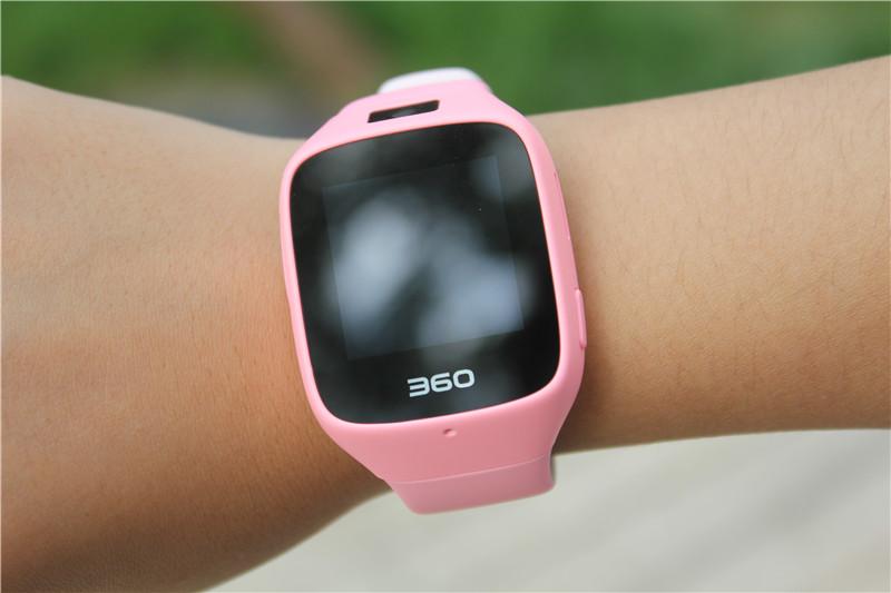 360儿童手表6C拍照版图赏 采用侧置摄像头设计