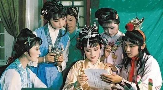 《红楼梦》里,曹雪芹隐藏了三大养生法宝,六道茶酒妙方!