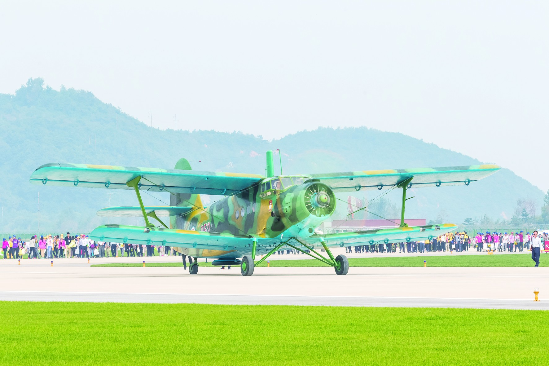 美媒:朝鲜老飞机或成最致命武器 能超低空投弹