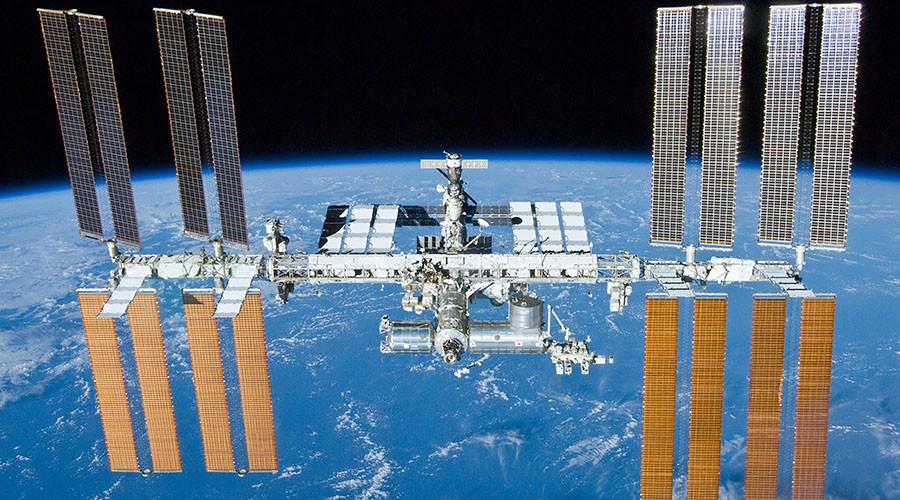 俄媒:中俄将在2018年联合进行太空探索、登月任务
