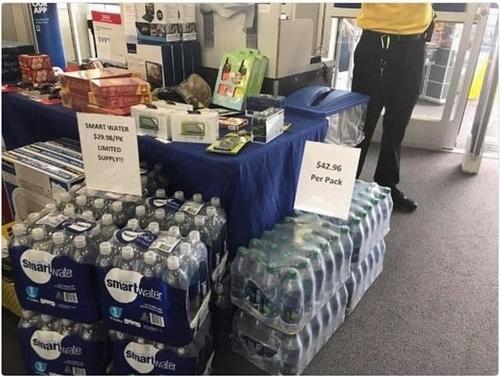 美休斯顿超市瓶装水标价过高遭批 道歉称工作失误